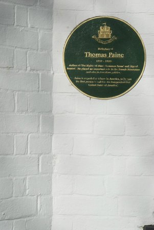The Thomas Paine Hotel: Thomas Paine memorial placque