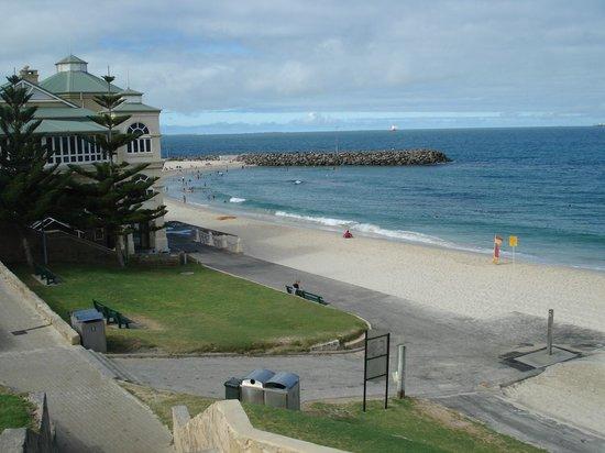 City Beach: Excelente estrutura.