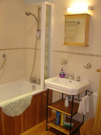 """L'Expatisserie & Le Biscottage : Salle de bain du gîte """"le Biscottage"""""""