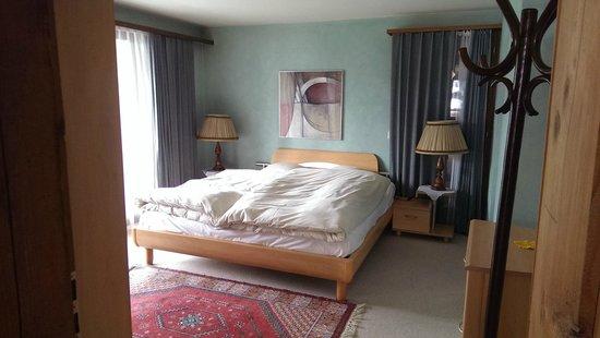 Hotel Alpine Lodge Gstaad - Saanen: Schlafzimmer