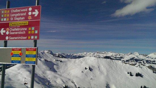 Hotel Alpine Lodge Gstaad - Saanen: Skigebiet Saanenmöser (grossartig)