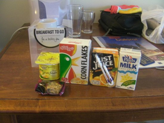 Ballarat Colonial Motor Inn: Breakfast Pack - Ample Supplies