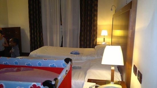 Hotel Genova: Baby room