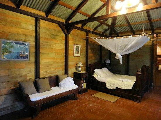 Habitation Matouba: le Pavillon, vue intérieure