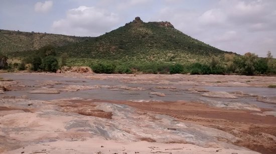 Epiya Chapeyu: Views from camp