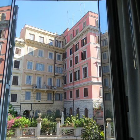 Inn Urbe Colosseo: Right in the heart of Roma