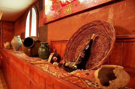 Armenian Royal Palace Hotel : Wine Home