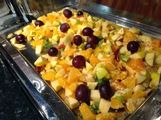 Hotel Ibis Granada: Fruta fresca todos los días