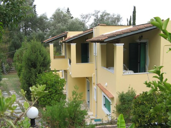 Yiannis Apartments and Studios