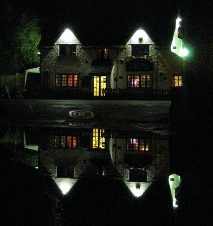 Dog Friendly Hotels Salisbury England
