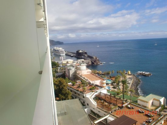 Pestana Carlton Madeira : view of the harbour from our room