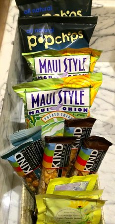 Andaz Maui At Wailea: Complimentary snacks in minibar
