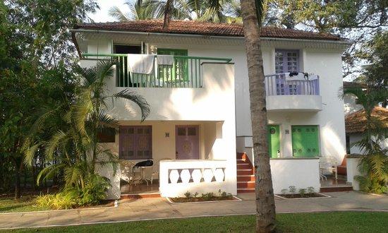 Dona Sylvia Beach Resort: Our room