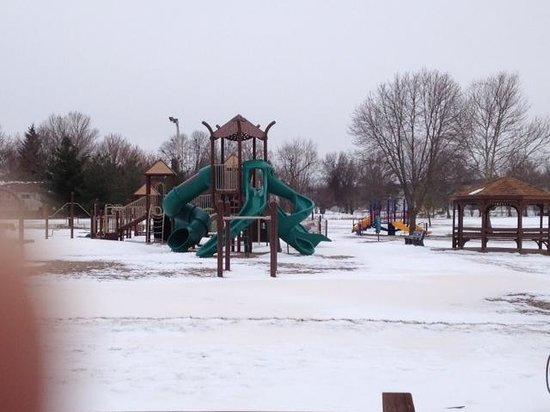 Veterans Memorial Park: Playground in park