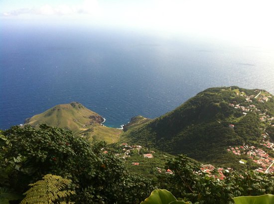 Mont Scenery : View from Windwardside