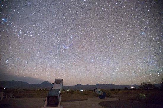 Space Star Tours: Telescópios e céu estrelado