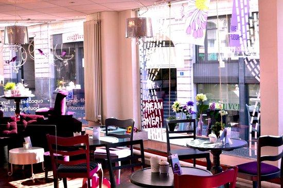 Cuppin's: Le tea-room