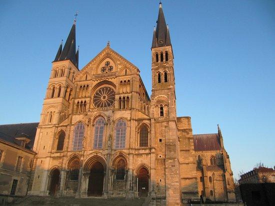 Abbey of Saint-Remi : собор
