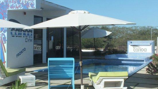 Canoa Kitesurf Posada: La piscina