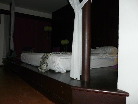 Aquamarine Resort & Villa: Chambre
