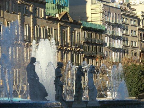 Plaza de Cataluña: Mooie fonteinen