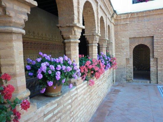 Monasterio de La Rábida: vista de uno de los patios