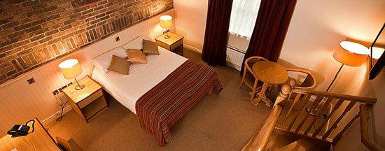 The Terrace Hotel Family bedroom