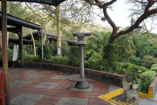 Sarova Lion Hill Game Lodge: Can look at the National Park & Lake