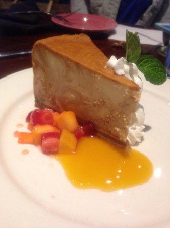 Bahama Breeze: Dulce de leche cheesecake