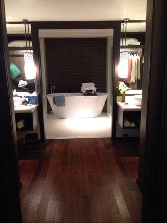 Anantara Bophut Koh Samui Resort: Newly renovated room