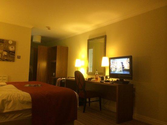 Warner Leisure Hotels Nidd Hall Hotel: our bedroom