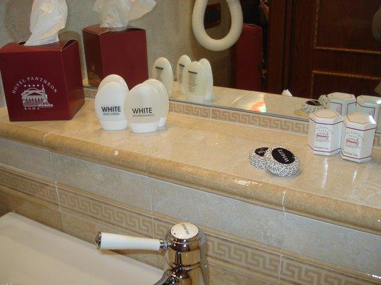 Hotel Pantheon: Hab 402