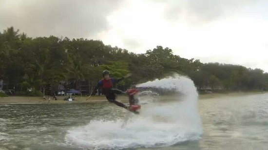 Flyboard Cairns: my friend wiping out... beautifully