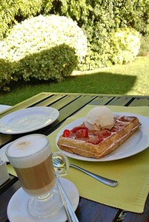 Waffle nos jardins do L'Auberge