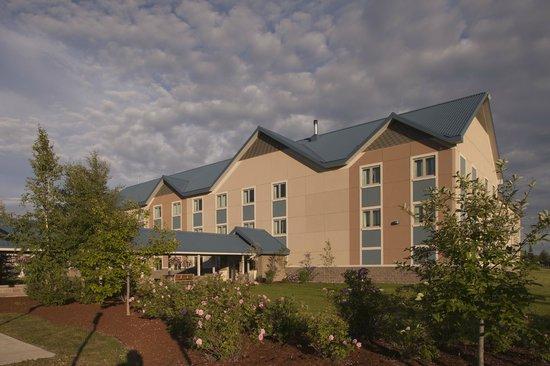 Holiday Inn Express Northern Lights Inn on Fort Wainwright (An IHG Army Hotel): Exterior