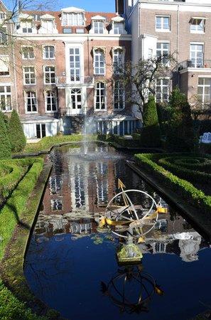 Museum Geelvinck Hinlopen Huis: giardino