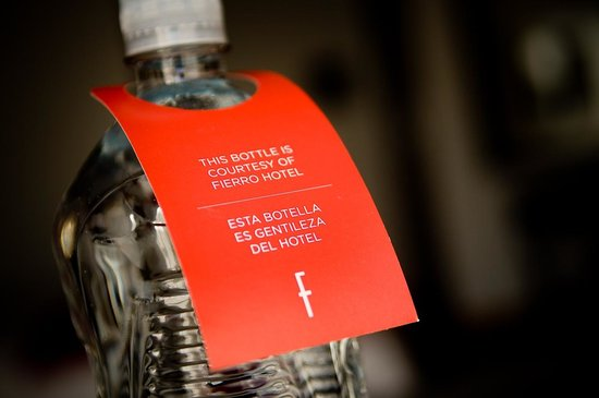 Fierro Hotel Buenos Aires: Complimentary daily bottle of water