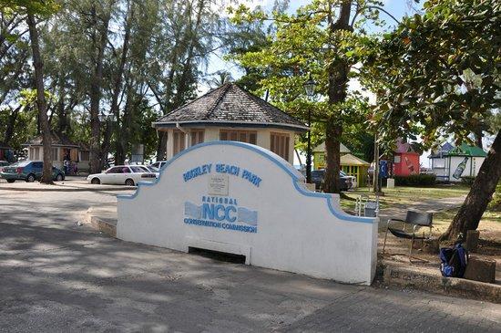 South Beach Hotel: Rockley - Accra Beach