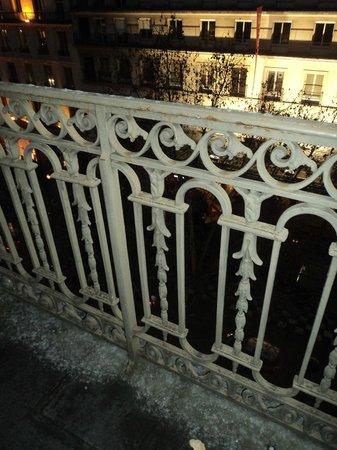 Residence Orion Paris Haussmann: Varanda