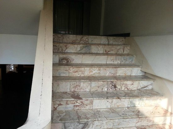 Royal Orchid Resort: Stair Case