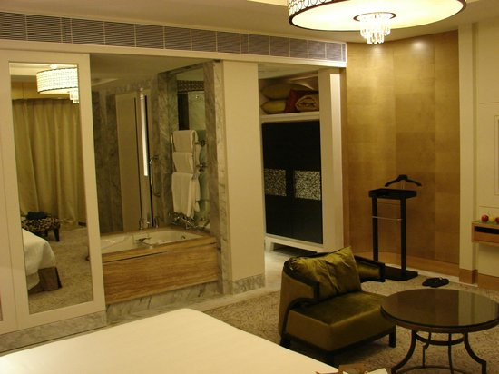 Bathtub accessible from room - Picture of ITC Grand Chola, Chennai ...
