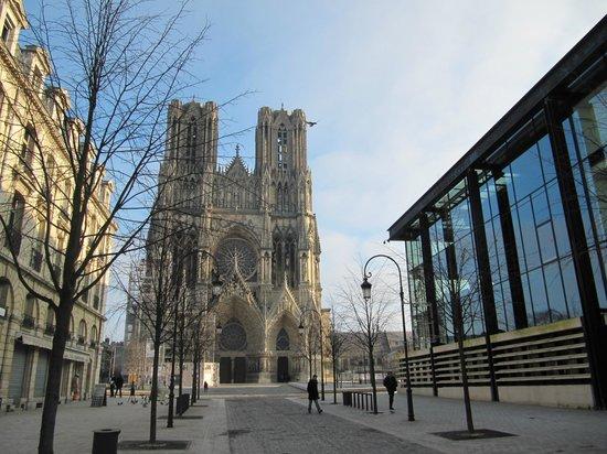 Cathédrale Notre-Dame de Reims : собор
