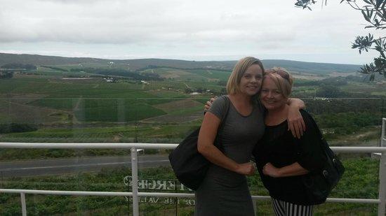 Percy Tours Day Tours: Enjoying the Wine Tour