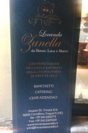 Locanda Zanella : Il cartello della Locanda posto davanti a Cibus