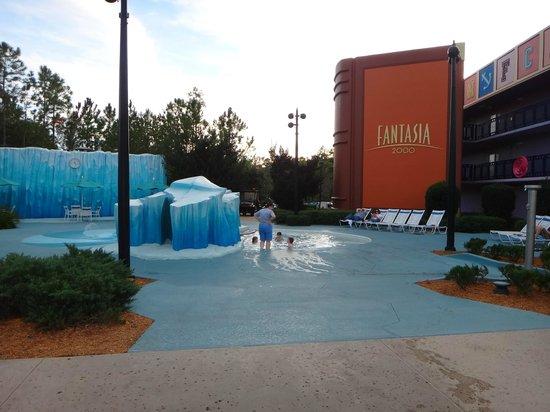 Disney's All-Star Movies Resort : Piscina