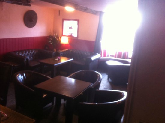 Armouries Arms: our lounge
