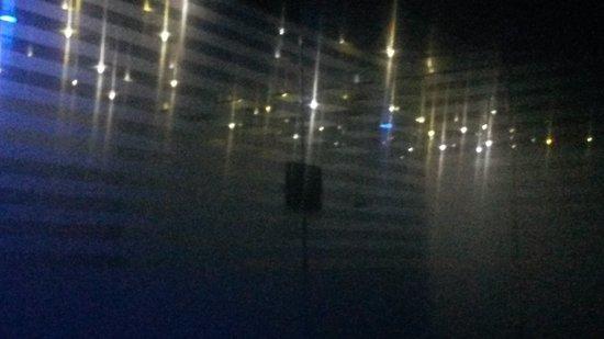 Hotel Ladina: luci emozionali in bagno