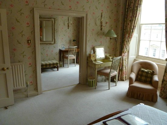 Dukes Hotel: Wellington Suite, view of the sitting room from the bedroom
