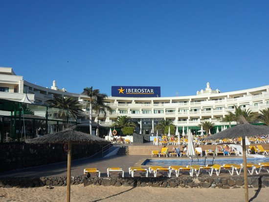 IBEROSTAR Lanzarote Park - TEMPORARILY CLOSED : The hotel from the sea front