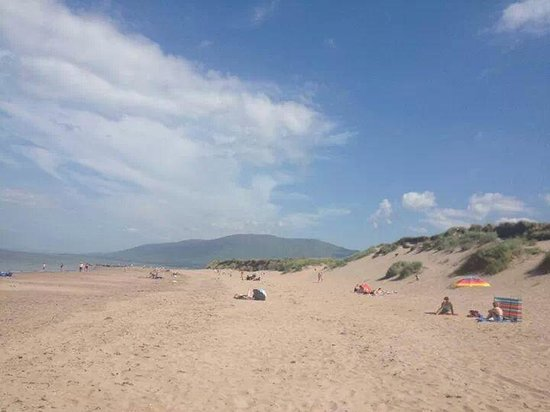 Anchor Caravan Park CastleGregory: the beach